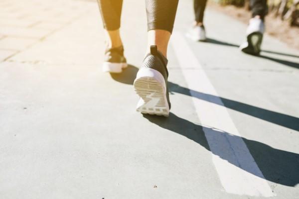 Marcher 1 h pour maigrir du ventre